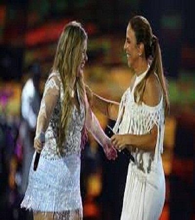 Ivete Sangalo tenta abraçar Marília Mendonça e quase é barrada por seguranças no Salvador Fest