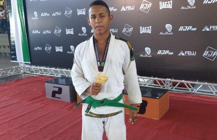 Atleta de José de Freitas no Piauí é campeão do Abu Dhabi International em Fortaleza