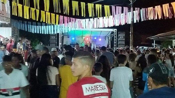 Prefeitura de Lagoa Alegre realizou dois dias de carnaval na Praça da Independência; foi um sucesso