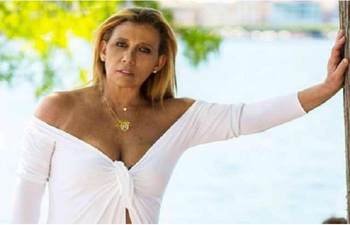 """Rita Cadillac diz que recebeu auxílio de R$ 600: """"Veio em boa hora"""""""