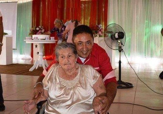 Dona Dica, matriarca da família Craveiro completa 85 anos de vida; é uma inspiração