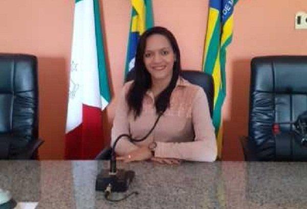 Andréia Ferreira é pré-candidata a reeleição para vereadora pelo PT; ela vai está com Roger Linhares