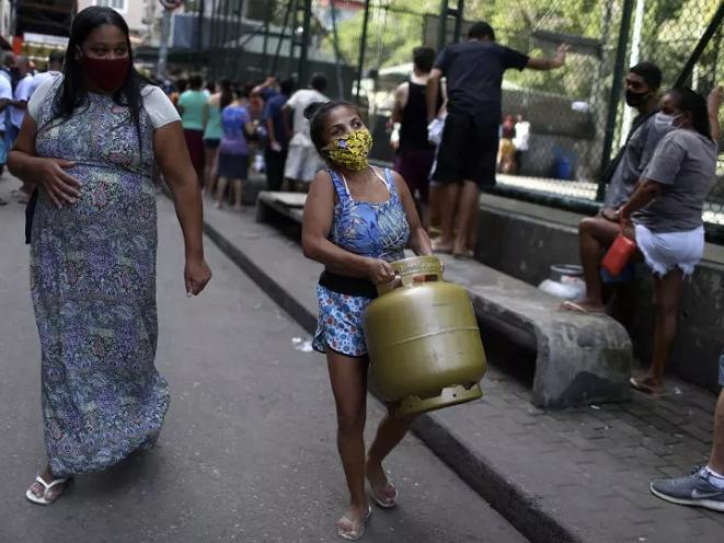 Petrobras anuncia aumento de 5,9% do gás de cozinha